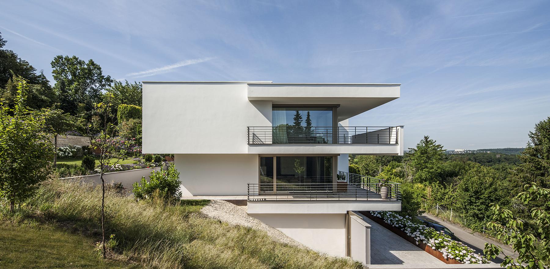 Projekt haus kb stuttgart architekten bda fuchs wacker for Gartengestaltung 70 qm
